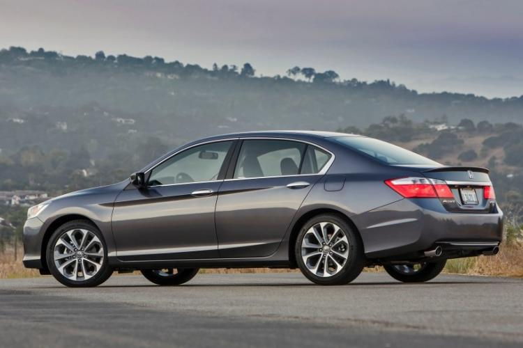 2014 Charcoal /Graphite Honda Accord Sport Sedan CVT (1HGCR2F54EA) with an 2.4L L4 DOHC 16V engine, Continuously Variable Transmission transmission, located at 1313 Las Vegas Blvd, Las Vegas, NV, 89109, (888) 750-6845, 36.002834, -115.201302 - Photo #9